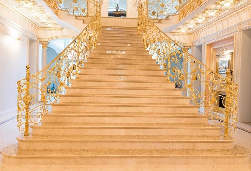 лестница по фен-шуй широкая