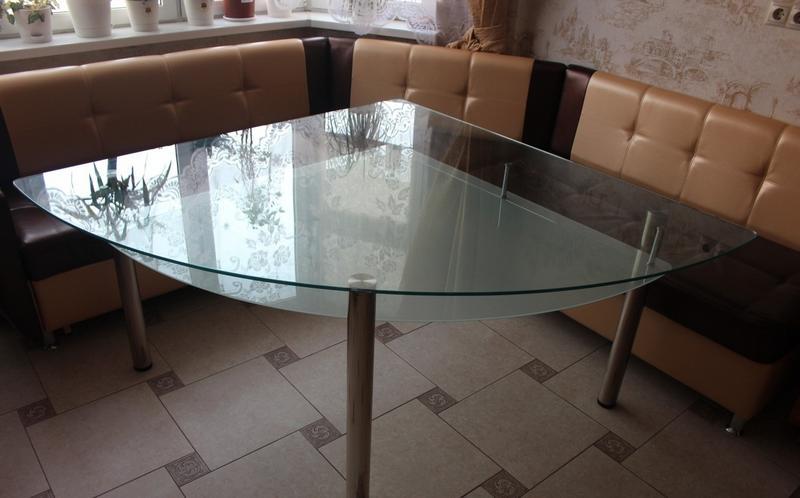 Неправильный стол для кухни