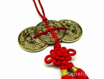 мистический узел фен шуй монеты